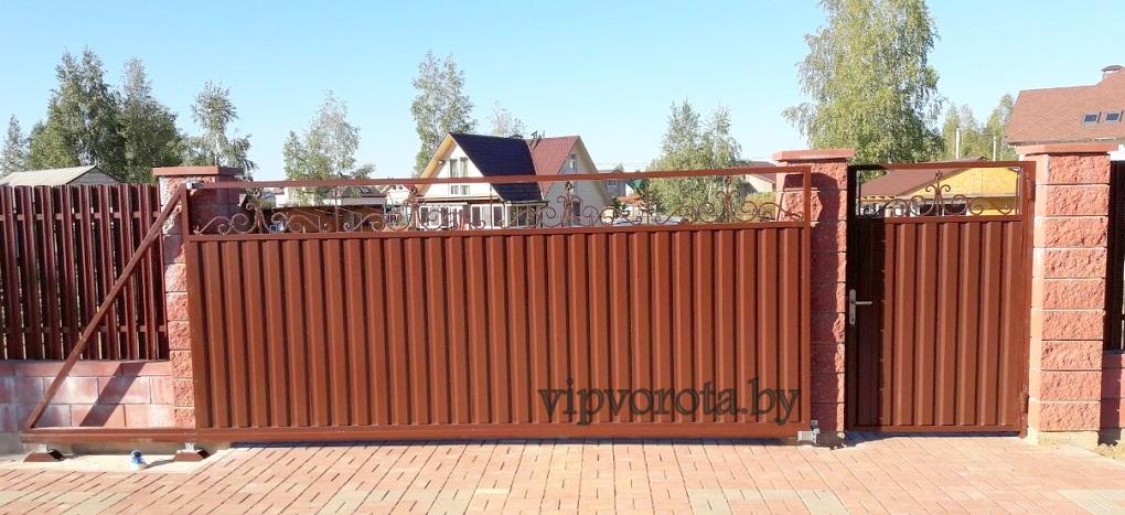 ворота откатные с элементами ковки в Минске